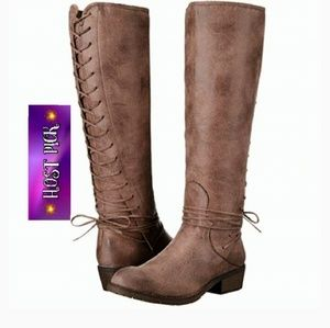 Sassy Corseted Boots by Very Volatile